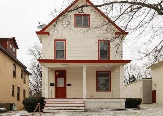 Foreclosed Home in Cincinnati 45211 APPLEGATE AVE - Property ID: 4427676826