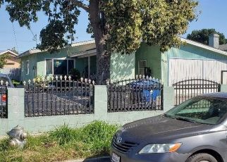 Foreclosed Home in Los Angeles 90002 DEFIANCE AVE - Property ID: 4427863842