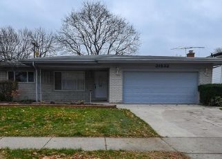 Foreclosed Home in Warren 48093 BRETZ DR - Property ID: 4427985138