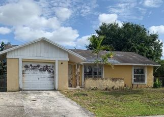 Foreclosed Home in Miami 33157 SW 164TH TER - Property ID: 4428082382