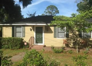 Foreclosed Home in Brunswick 31520 REYNOLDS ST - Property ID: 4428092901