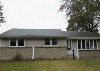Foreclosed Home in Woodbury 08096 FORD AVE - Property ID: 4428176995