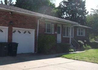 Foreclosed Home in Williamstown 08094 CLINTON AVE - Property ID: 4428183553