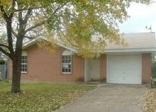 Foreclosed Home in Mansfield 76063 KEMP CT - Property ID: 4428262384