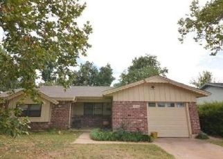 Foreclosed Home in Norman 73069 CANTERBURY ST - Property ID: 4428264581