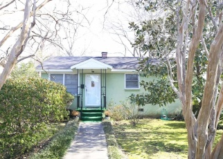 Foreclosed Home in Summerville 29483 E 1ST NORTH ST - Property ID: 4428358748