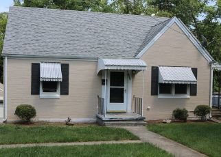 Foreclosed Home in Roanoke 24015 DERWENT DR SW - Property ID: 4428377583