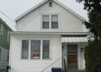 Foreclosed Home in Buffalo 14211 POPLAR AVE - Property ID: 4428409998