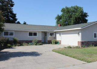 Foreclosed Home in Escalon 95320 EDMART ST - Property ID: 4428470424
