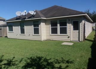 Foreclosed Home in Baytown 77521 APACHE MEADOWS DR - Property ID: 4428508982