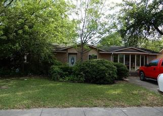Foreclosed Home in Arlington 76014 RAMBLER RD - Property ID: 4428525161