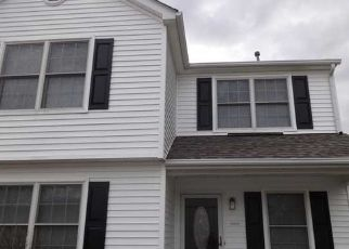Foreclosed Home in Grove City 43123 HICKORY PINE LN - Property ID: 4428593500
