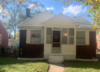 Foreclosed Home in Detroit 48219 AVON AVE - Property ID: 4429102868