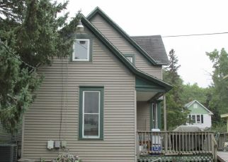 Foreclosed Home in Saint Paul 55106 MINNEHAHA AVE E - Property ID: 4429356448