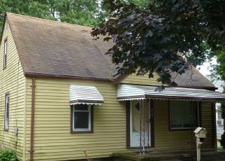 Foreclosed Home in Dearborn Heights 48125 HAZEL ST - Property ID: 4429379666