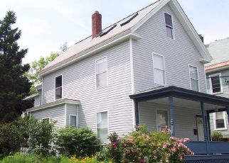 Foreclosed Home in Bangor 04401 PARKVIEW AVE - Property ID: 4429480392