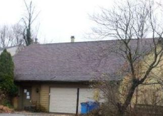 Foreclosed Home in Lexington 40517 BAYBERRY BND - Property ID: 4429518948