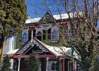 Foreclosed Home in Mertztown 19539 BARCLAY ST - Property ID: 4429672671