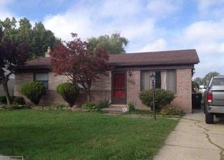 Foreclosed Home in Roseville 48066 GREGG DR - Property ID: 4429806241