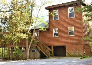 Foreclosed Home in Pigeon Forge 37863 LLOYD HUSKEY RD - Property ID: 4429833847