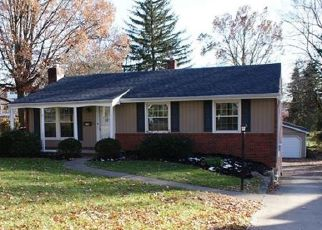 Foreclosed Home in Bethel Park 15102 CENTERMAN AVE - Property ID: 4429936775