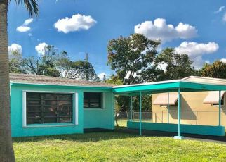 Foreclosed Home in Fort Lauderdale 33311 NW 30TH TER - Property ID: 4430150944