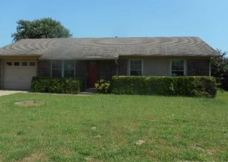 Foreclosed Home in Muskogee 74403 JEFFREY DR - Property ID: 4430309475