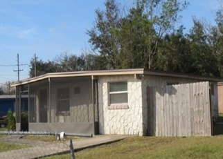 Foreclosed Home in Jacksonville 32208 RIBAULT SCENIC DR - Property ID: 4430388312