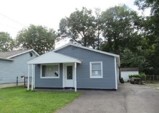 Foreclosed Home in Schenectady 12304 CLAYTON RD - Property ID: 4430425995