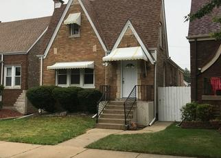 Foreclosed Home in Chicago 60629 S TRIPP AVE - Property ID: 4430551683