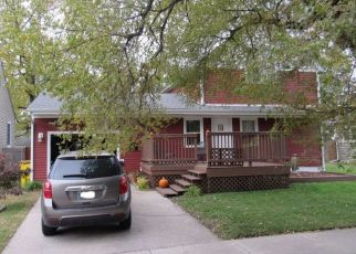 Foreclosed Home in Griffith 46319 N RENSSELAER ST - Property ID: 4430588467