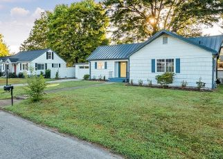Foreclosed Home in Chattanooga 37411 HANEY DR - Property ID: 4430609938
