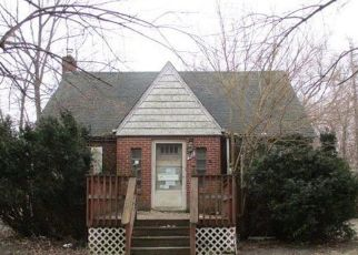 Foreclosed Home in Gary 46409 E 44TH PL - Property ID: 4430865267