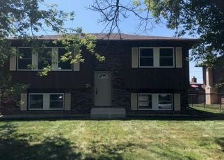 Foreclosed Home in Hobart 46342 BRIARWOOD LN - Property ID: 4430866581