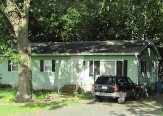 Foreclosed Home in Easton 21601 CHAPEL RD - Property ID: 4430943674