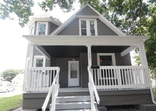 Foreclosed Home in Davenport 52804 BROWN ST - Property ID: 4431251113
