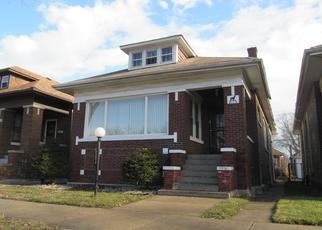 Foreclosed Home in Chicago 60617 S LUELLA AVE - Property ID: 4431345283