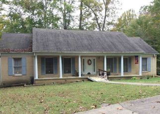 Foreclosed Home in Huntington 25705 WOODLOMOND WAY - Property ID: 4431407926