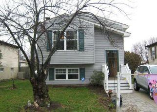Foreclosed Home in Glen Burnie 21061 WASHINGTON BLVD - Property ID: 4431533618
