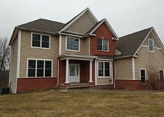 Foreclosed Home in Warwick 10990 ANGELA PL - Property ID: 4431552898