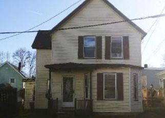 Foreclosed Home in Lowell 01850 LUDLAM ST - Property ID: 4431558580