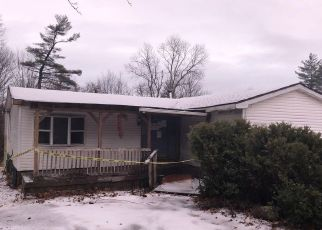 Foreclosed Home in Mayfield 12117 LAKE ST - Property ID: 4431565592