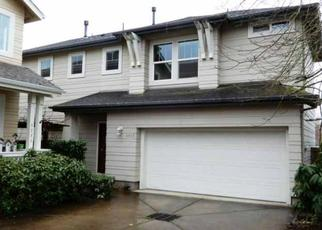 Foreclosed Home in Eugene 97402 WALES DR - Property ID: 4431719765
