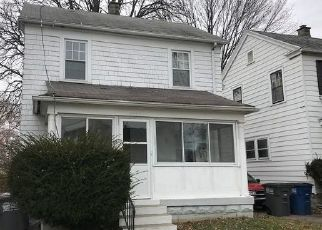 Foreclosed Home in Toledo 43608 MAHER ST - Property ID: 4431901512