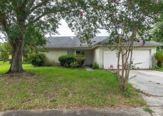 Foreclosed Home in Jacksonville 32244 ROCKRIDGE DR - Property ID: 4432053492
