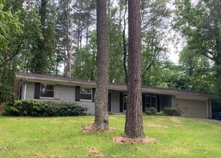 Foreclosed Home in Atlanta 30331 GREENLEAF CIR SW - Property ID: 4432075839