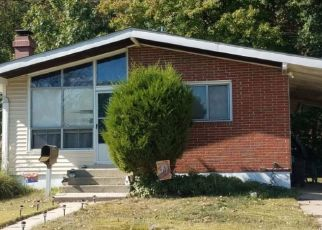 Foreclosed Home in Halethorpe 21227 HUNTSMOOR RD - Property ID: 4432153794