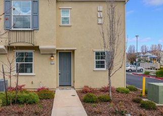 Foreclosed Home in Sacramento 95823 GIRONELLA WALK - Property ID: 4432338616