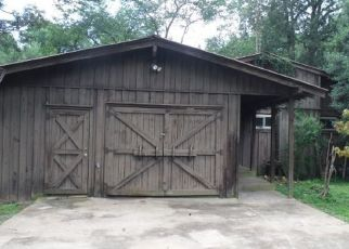 Foreclosed Home in Waverly 37185 CRYSTAL SPRING RD - Property ID: 4432456422