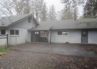Foreclosed Home in Grants Pass 97527 CLOVERLAWN DR - Property ID: 4432794540
